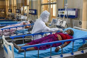 Union govt says no oxygen deaths reported but probe from Karnataka hospital proves otherwise