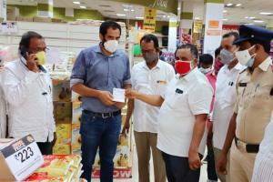 Vijayawada supermarket fined Rs 10000 after customers found not wearing masks