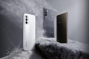realme launches GT series 5G phones forays into laptop market in India